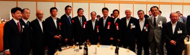 一般社団法人 日本CLT協会は、日本におけるCLT(Cross Laminated Timber)の普及および発展のための取り組みを行っています。