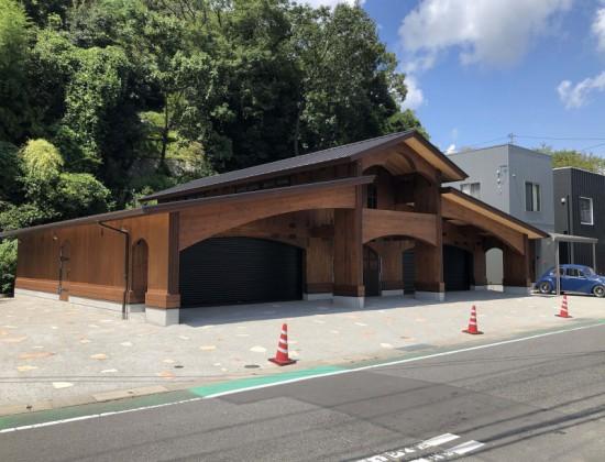 No.122_01_OLD BOY野々口ショールーム_写真提供:(有)片山建築研究所一級建築士事務所